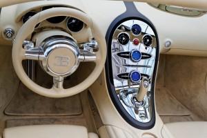 Paris_-_RM_Auctions_-_5_février_2014_-_Bugatti_Veyron_16.4_Grand_Sport_-_2010_-_009